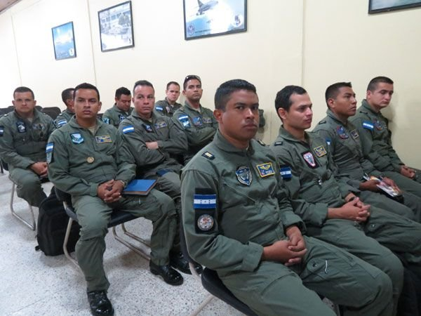Honduran Air Force Trains Central American Pilots