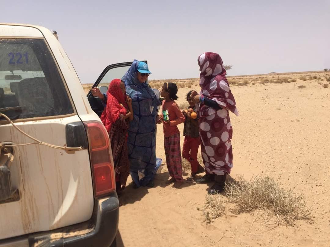 Resultado de imagen de campamentos saharauis ambulancia