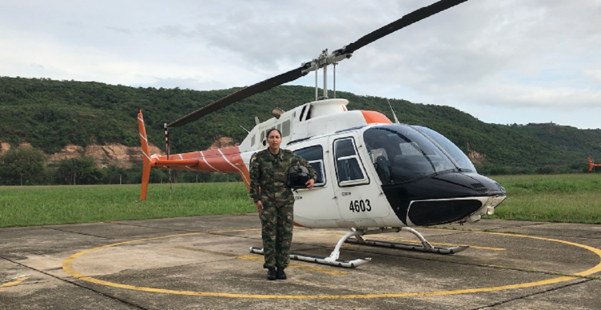 colombian army aviation branch inducts first female helicopter pilot