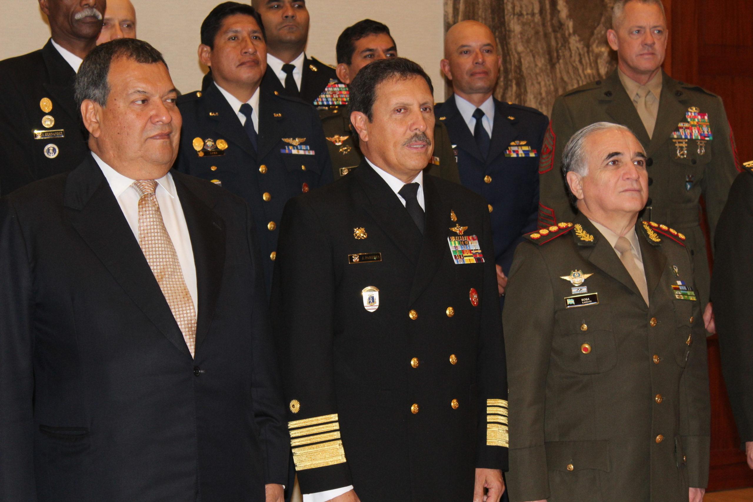 Fuerzas Armadas del Perú contra ilícitos
