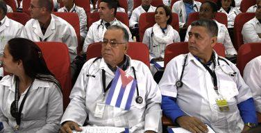 Brigada médica de Cuba no exterior é uma farsa da repressão, segundo ex-membros