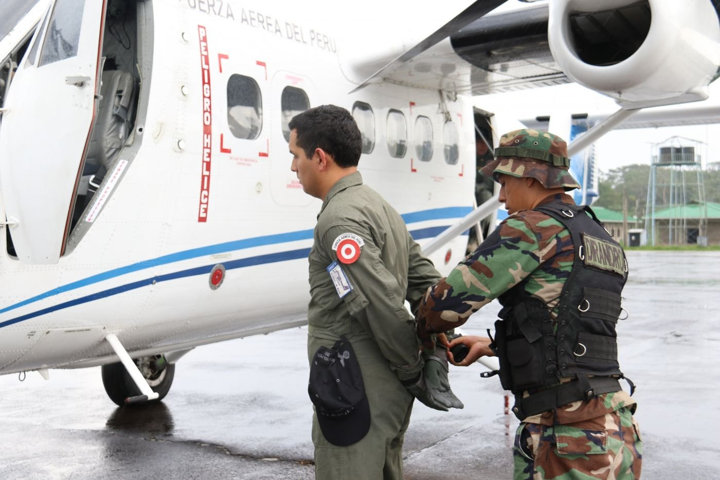 Peru and Bolivia Close Airspace to Narcotrafficking