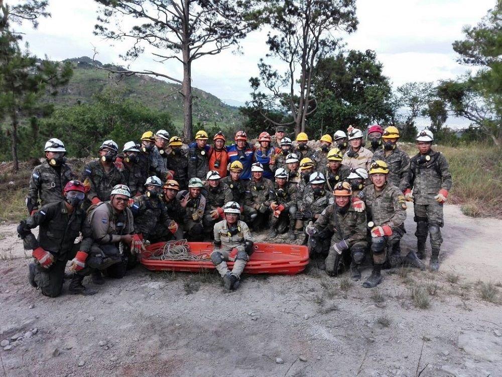 Honduras Trains Humanitarian Aid Specialists