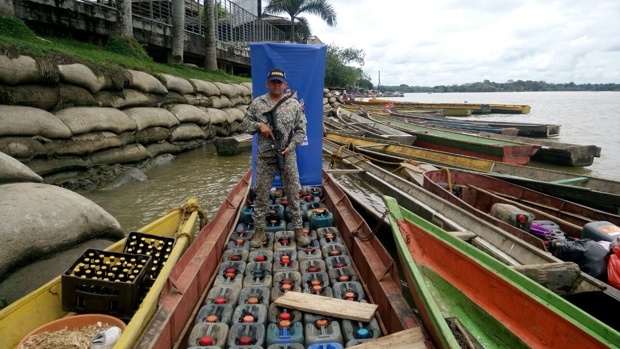Colombian Navy Seizes Fuel from Organized Crime