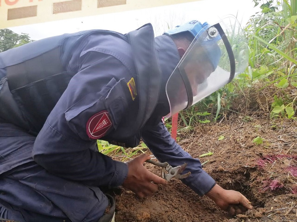 Colombia Declares Municipalities Free of Anti-personnel Mines