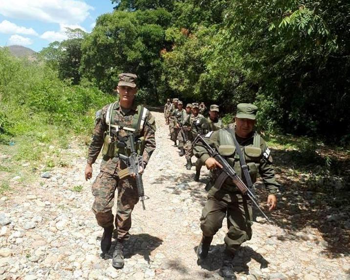 US Trains Salvadoran Armed Force