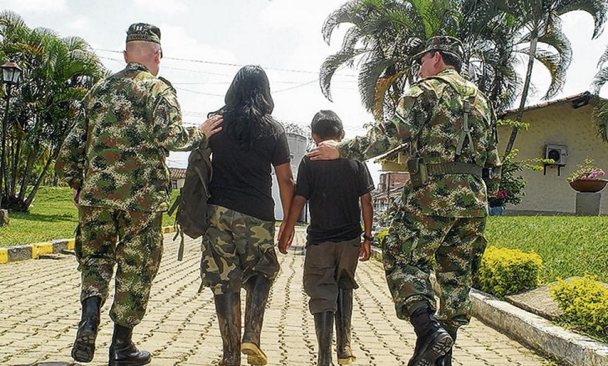 Colombian Army Rescues Minors from Armed Conflict
