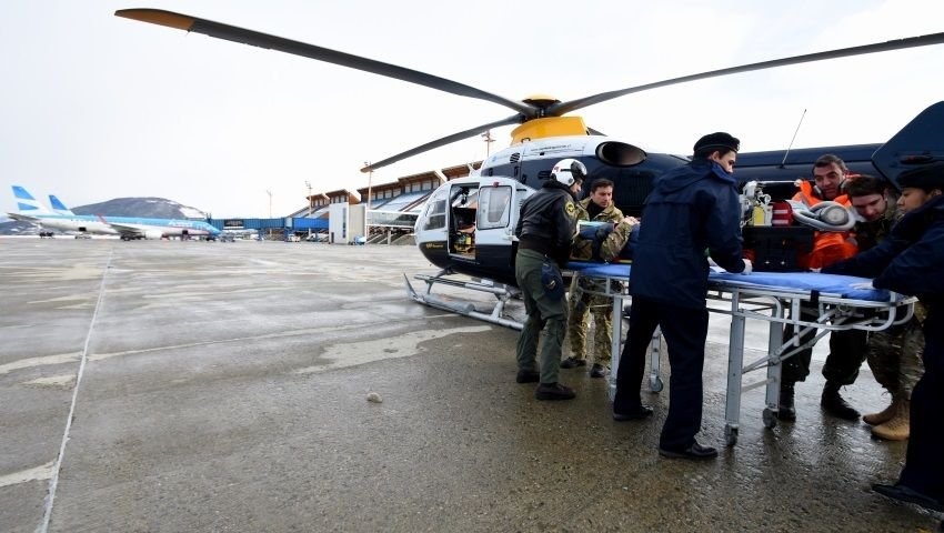 Argentine and Chilean Navies Carry Out Air Evacuation Exercise