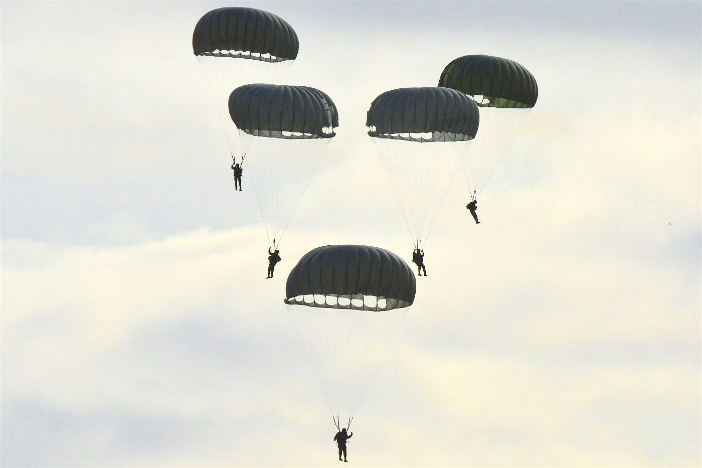 """Argentine Armed Forces Strengthen Aerial Capacity in Joint Exercise """"Larus 16"""""""