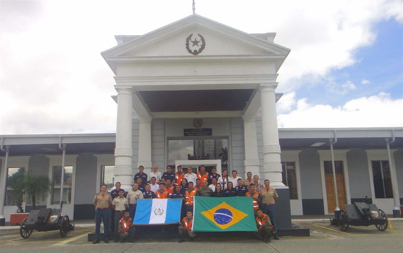 Brazil Helps Guatemalan Army Strengthen Teaching Efforts in Humanitarian Aid, Rescue