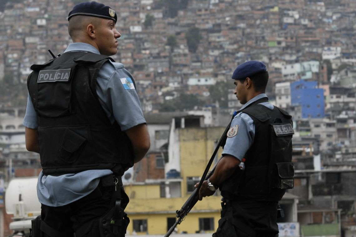 Brazilian Armed Forces and Police Perform Combined Operation in Rio de Janeiro