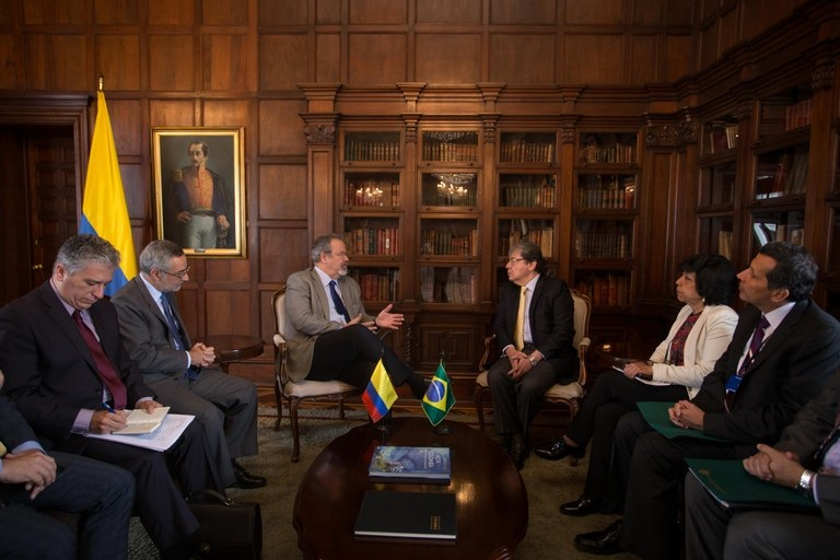 Brazil and Colombia Exchange Experiences on the Fight Against Organized Crime