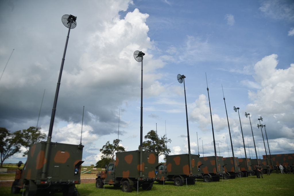 Brazilian Army Conducts Border Inspection Operations