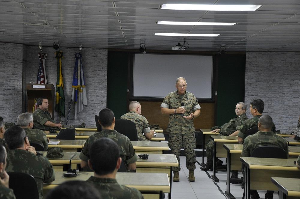 U.S. Marine Corps Commander Visits Brazilian Navy