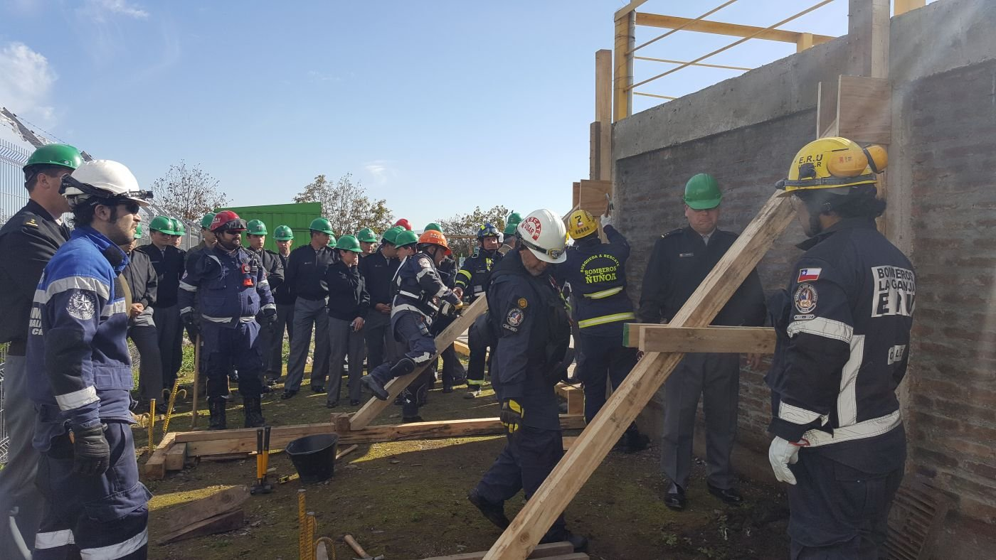 Chilean and U.S. Armed Forces Train Together to Prepare for Disasters
