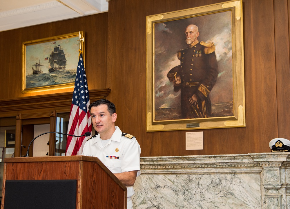 Chilean Officer Stands Out at U.S. Naval War College