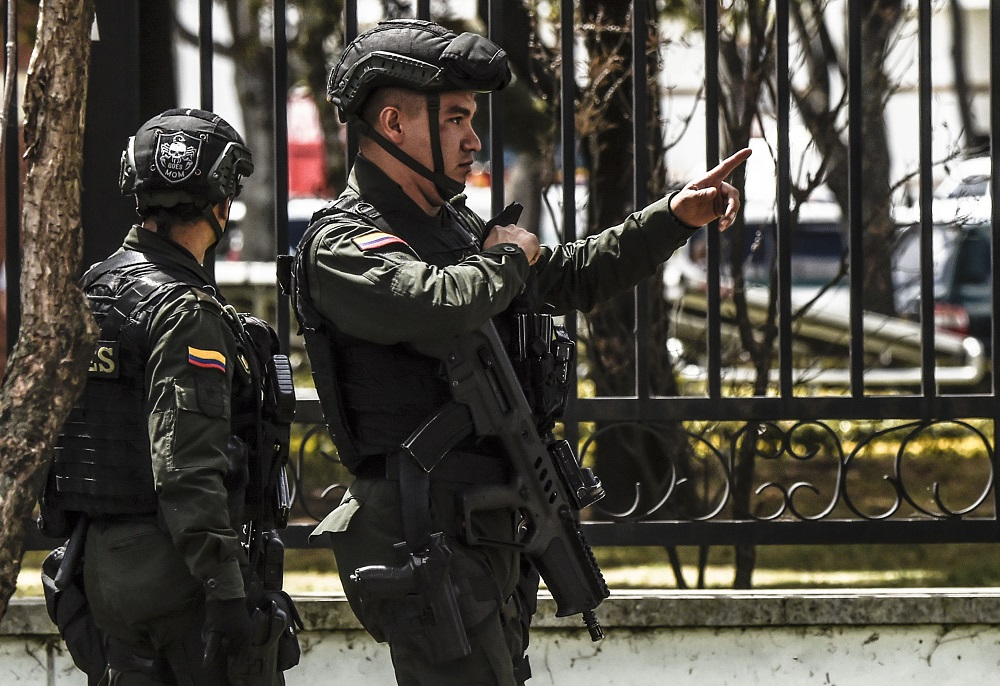 Colombia Orders Capture of Two ELN Leaders