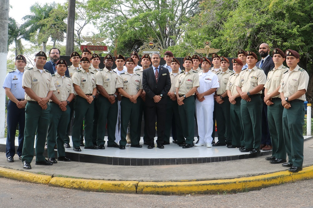 Colombia Promotes Professionalization of Special Ops NCOs