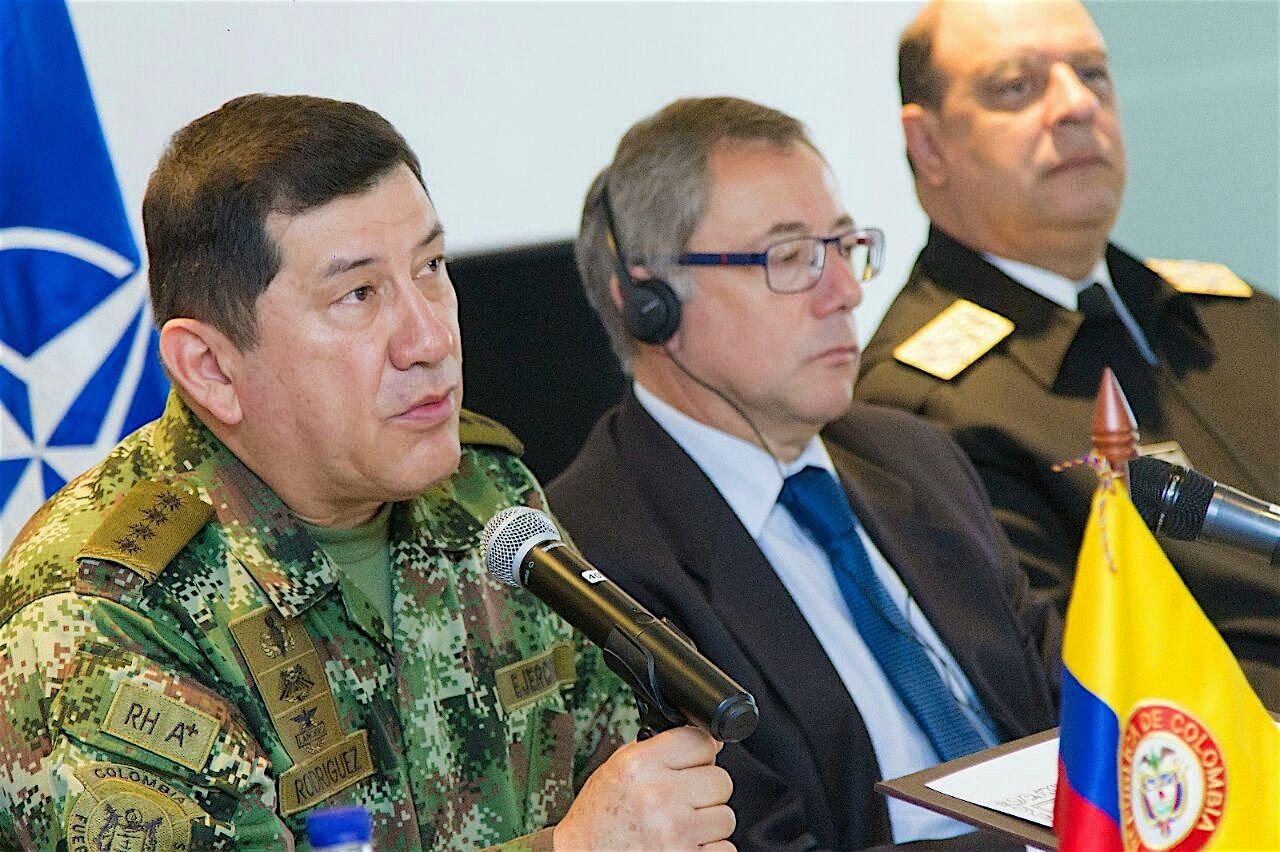 Colombian Ministry of Defense Signs  Agreement with NATO to Strengthen Fight against Corruption