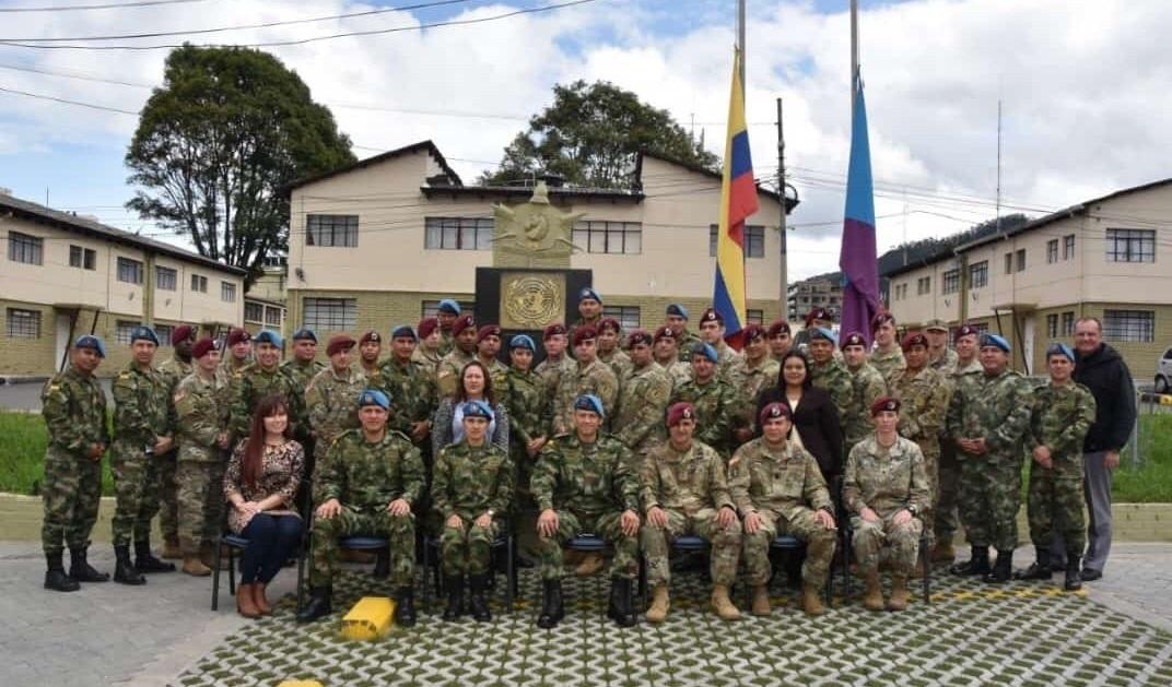 U.S. Army Officers Earn Colombian Certification
