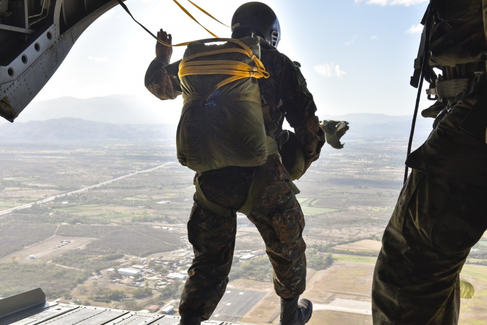 Paratroopers Hold Multinational Jump