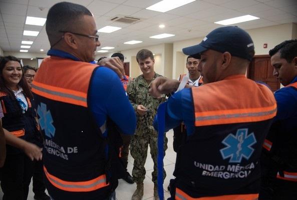 U.S. Navy Medical Team Begins Subject Matter Expert Exchanges in Honduras