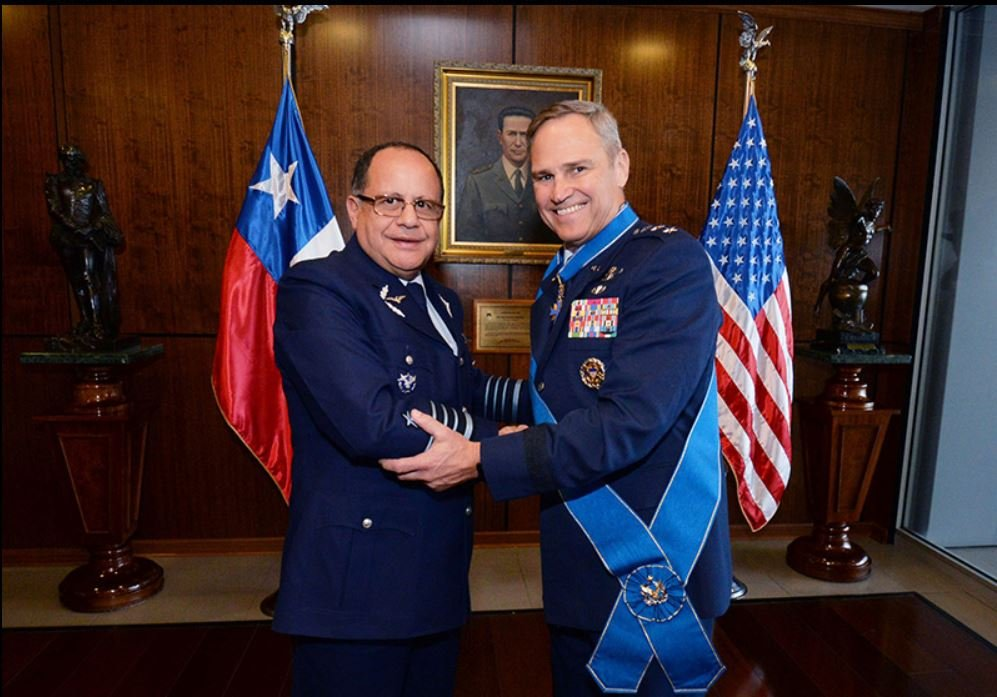 Commander of Air Forces Southern Pays Official Visit to Chilean Air Force