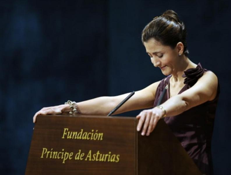 Ingrid Betancourt Traveling Through Latin America