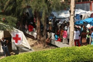 Ecuador Sends 405 Tons of Food and Water to Victims in Haiti