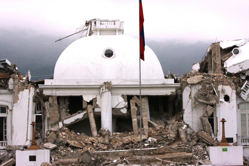 Bulldozers Start to Demolish Presidential Palace in Haiti