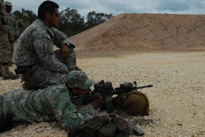 U.S. Army's Elite Train Belizean Forces To Build Partnership, Deter Illicit Trafficking
