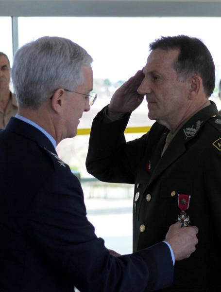 U.S. presents Legion of Merit to Former MINUSTAH Commander