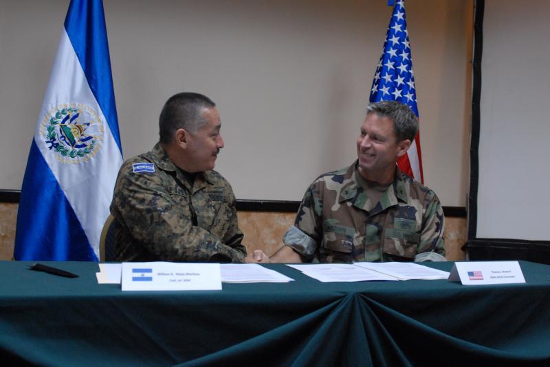 Militaries of El Salvador and the U.S. Plan for Fuerzas Comando 2011