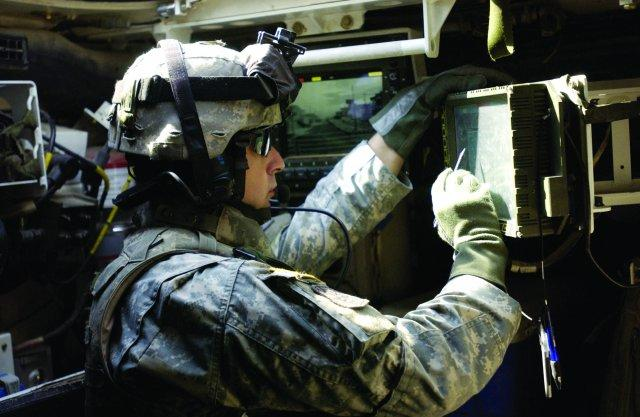 Army Links Tactical Radios, Chat Services with Commercial Communications