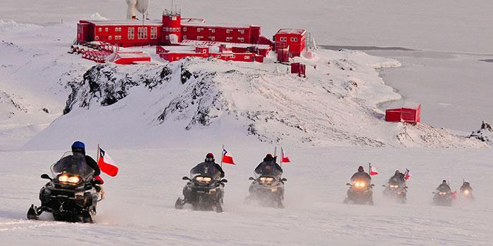 The Chilean and Argentine Armies Conduct the Land SAR 2011 Joint Exercise in Antarctica