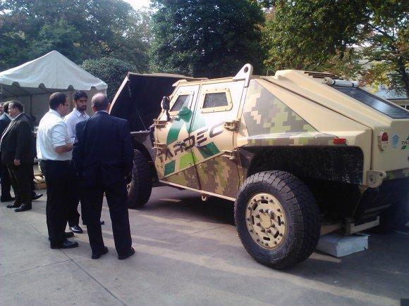 Demo Humvee Burns 70 Percent Less Fuel