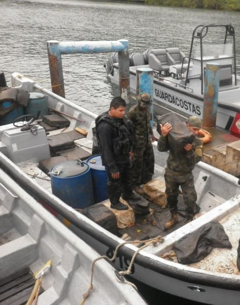 Colombian Pacific Naval Force Seizes Cocaine in South Pacific