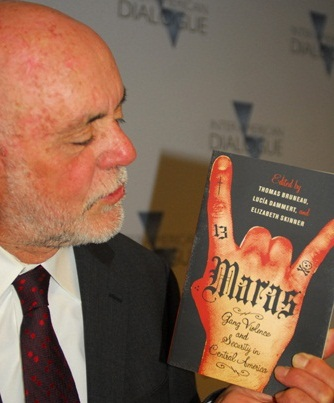 New Book Analyzes Root Causes of Gang Violence in Central America