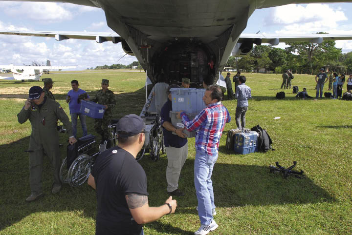 Militaries Join Forces To Help Residents Of La Macarena