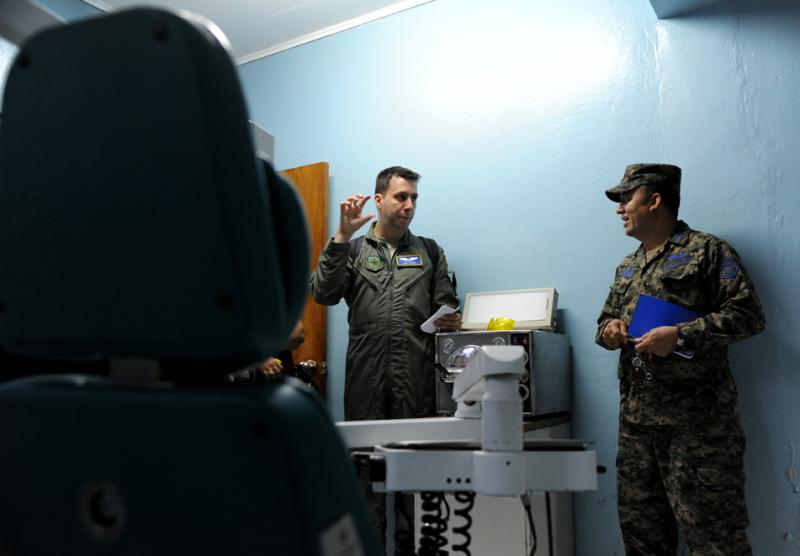 US, Honduran Air Force Medical Officials Explore Challenges, Solutions