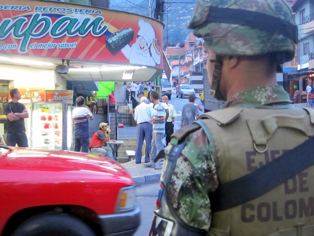 Colombian Army, Police Restore Order in Once-Violent Barrio of Medellín