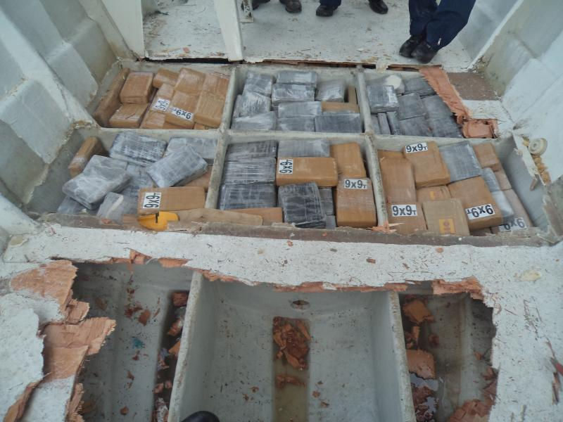 Colombian Navy Seizes a Ton of Cocaine