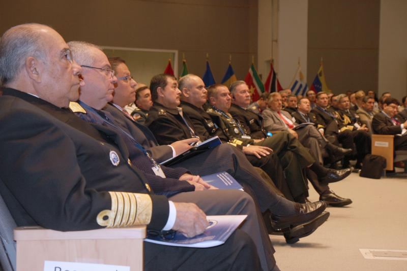 Inter-American Defense College Promotes Debate on Hemispheric Security and Defense