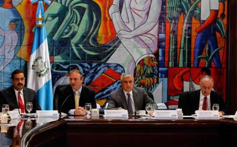 Guatemalan President Requests Extra Efforts against Drug Trafficking