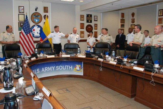 Army South Engages with Colombian Army