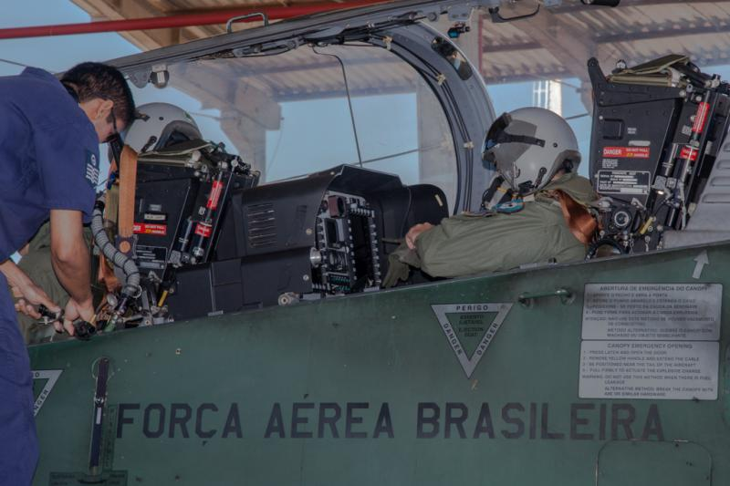 Brazil and Paraguay Conduct Military Exercise to Combat Illicit Flights