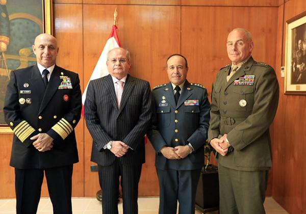 U.S. Southern Command Chief Meets with Peruvian and Colombian Military Chiefs