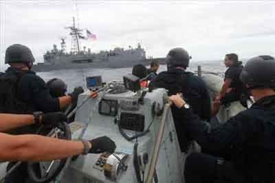 UK, Coast Guard Team Interdict Drugs in Caribbean as Part of Operation Martillo