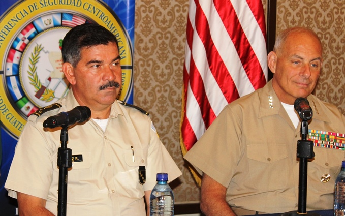 Generals from the U.S. and Guatemala Discuss Joint Actions against Drug Trafficking