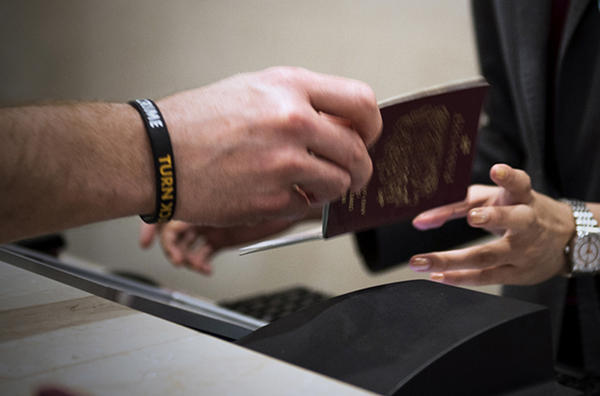 Interpol offers 'I-Checkit' system to Latin American airlines to identify stolen passports